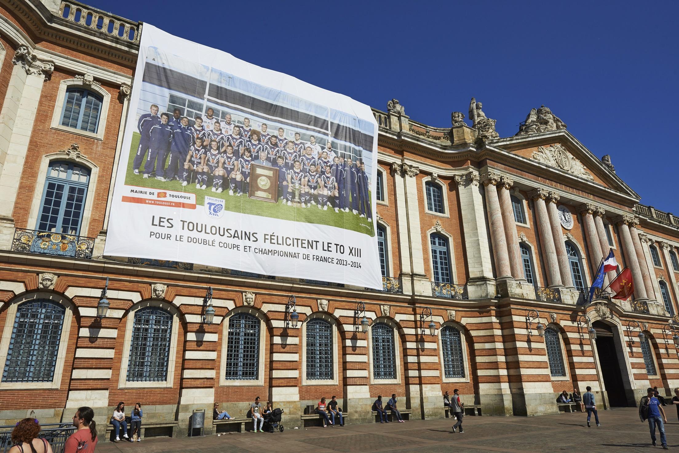 Le to s affiche au capitole toulouse olympique xiii - Piscine olympique toulouse ...