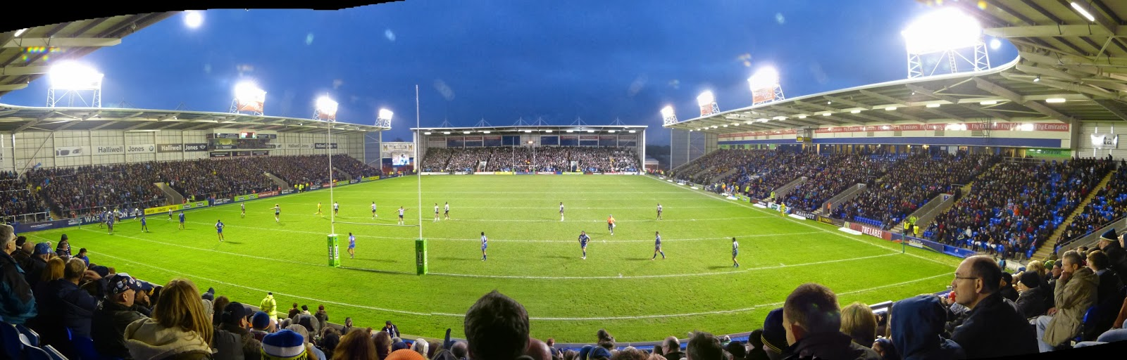 Le Halliwell Jones Stadium